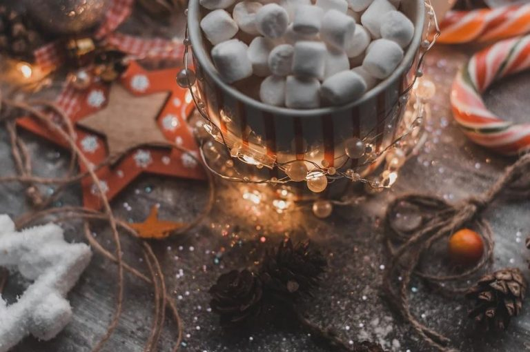 More Christmas Mysteries to Get You Into the Holiday Spirit