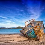 Lost at Sea: Classic Tales of Shipwrecks and Survival